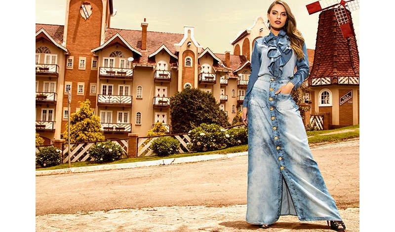 modelo com saia longa jeans titanium blog via evangelica