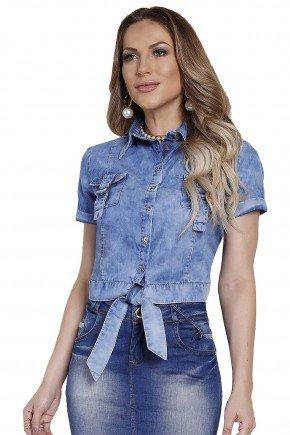 modelo cabelo louro blusa jeans amarracao frente titanium