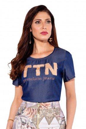 24147 modelo cabelo castanho t shirt jeans frente cima titanium