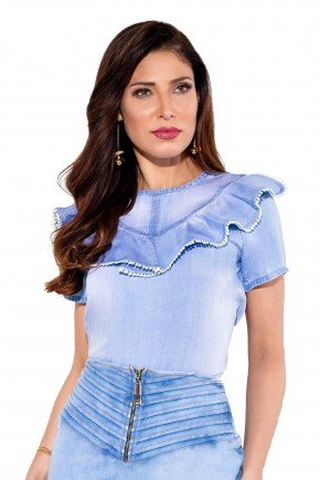 24168 modelo cabelo castanho blusa jeans frente cima titanium