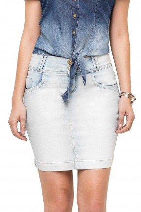 89081 modelo cabelo castanho saia tradicional jeans frente baixo
