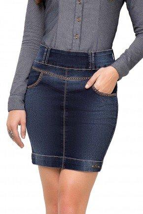 89083 modelo cabelo castanho saia reta jeans azul escuro detalhes tachinhas frente baixo