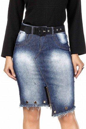 modelo cabelo loiro saia jeans barrado assimetrico com ziper e ilhos dyork frente baixo dk4497