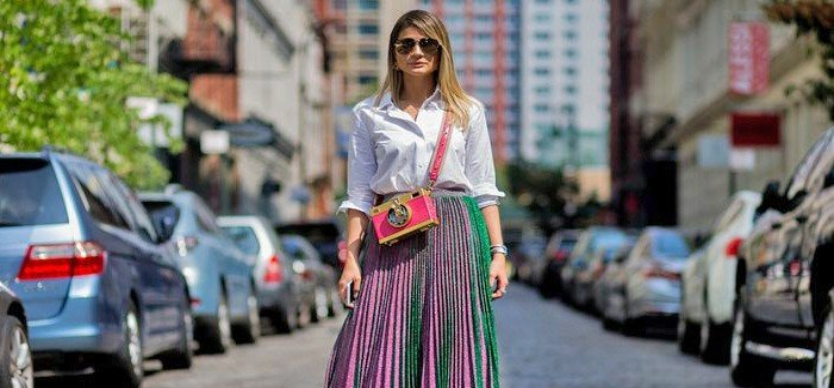 Saias longas combinam com quais tipos de blusas