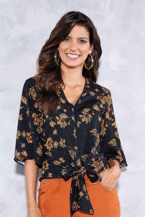 blusa preta com florais e amarracao titanium jeans frente cima