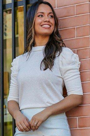blusa off white bordados perolas nas mangas rosilei jany pim frente