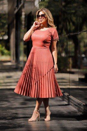vestido gode plissado em courino bordado fasciniu s frente