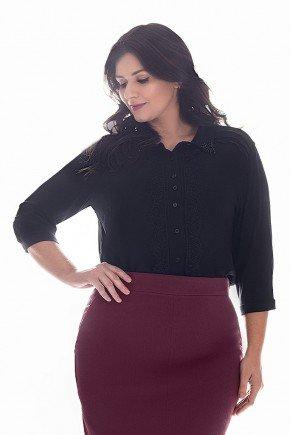 camisa feminina social plus size preto com bordados nitido jeans frente cima