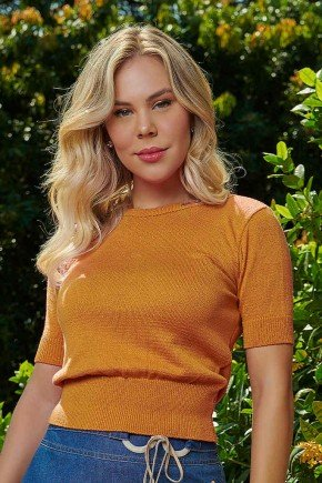 blusa cropped mostarda em trico via tolentino cima