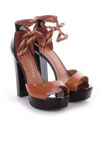 sandalia meia pata preta verniz salto alto grosso taize di valentini dv4084vpr 1