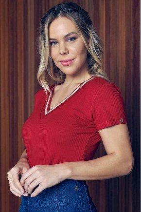 blusa vermelho decote v com bordados via tolentino