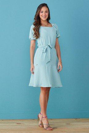 vestido azul claro detalhes nas mangas e babados tata martello