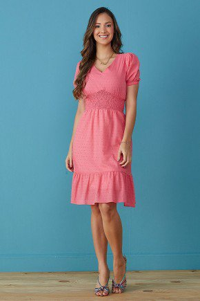 vestido rosa evase com babado tata martello