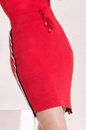blusa vermelha detalhe listrado nas mangas imperio z baixo