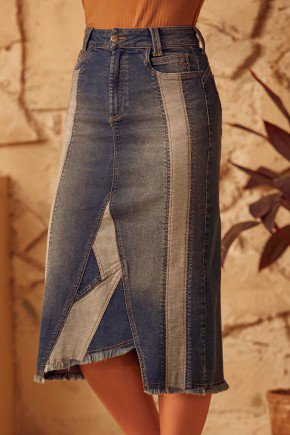 saia jeans assimetrica recortes do avesso via tolentino