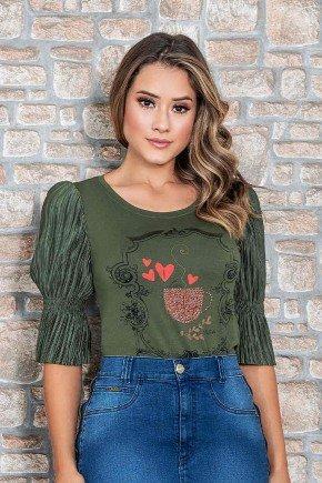blusa verde com manga plissada nitido jeans cima
