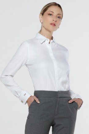 camisa branca personalizada nannie abotoadura look frente