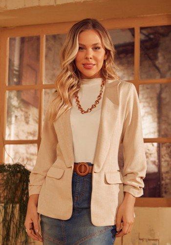 blazer feminino manga longa com leve franzido via tolentino