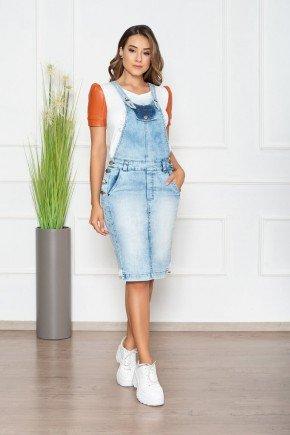 salopete jeans clara com bolso funcional nitido