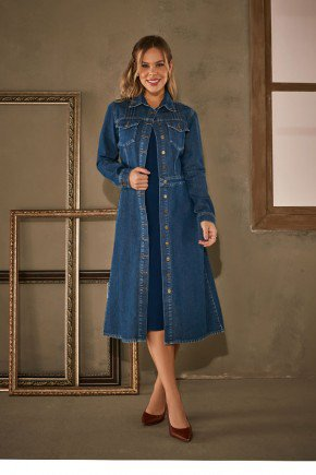 casaco jeans midi com botoes frontais via tolentino