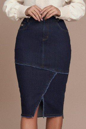saia jeans marinho recorte frontal e leves desfiados titanium baixo