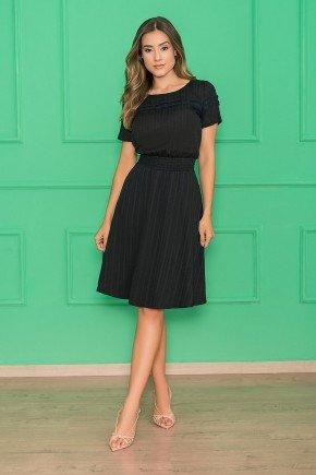 vestido preto evase mangas curtas 1