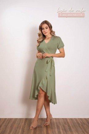 vestido canelado com transpasse